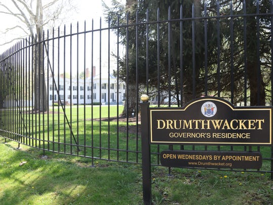The sign for Drumthwacket as seen from Route 206.