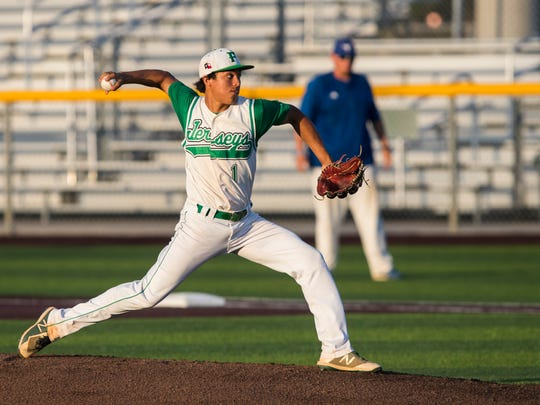 Falfurrias' Royce Carrera pitches against during their