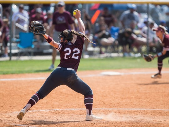 Calallen's  Lizette Del Angel pitches during their