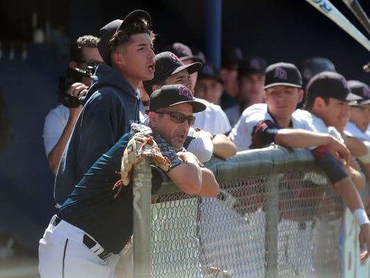 636621920867578054-LQ-Nogales-Baseball012.JPG