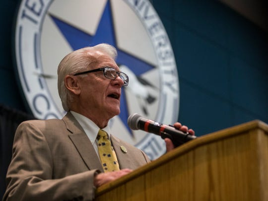 Bob White, retired general manager of KIII-TV, speaks about government transparency during the Let the Sun Shine forum Thursday, May 17, 2018, at Texas A&M University-Corpus Christi.