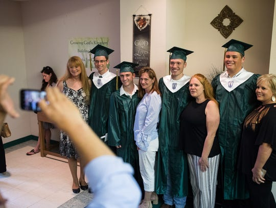 A group of Santa Fe High School seniors take a group