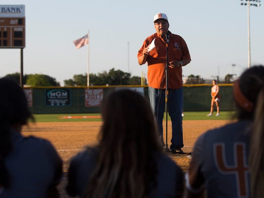 Beeville mayor Bebe Adamez speaks to softball players