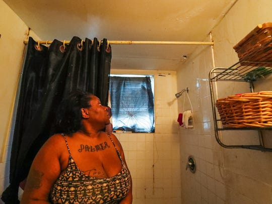 Ebony Lee  talks about how bad her bathroom ceiling
