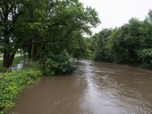 636651789345133778-Flood-002.JPG