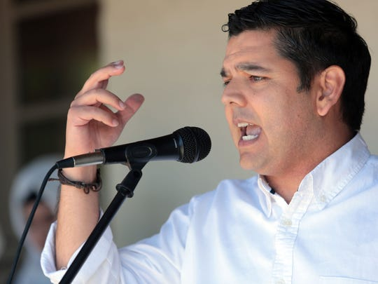 U.S Rep. Raul Ruiz, D-Palm Desert speaks at the Palm