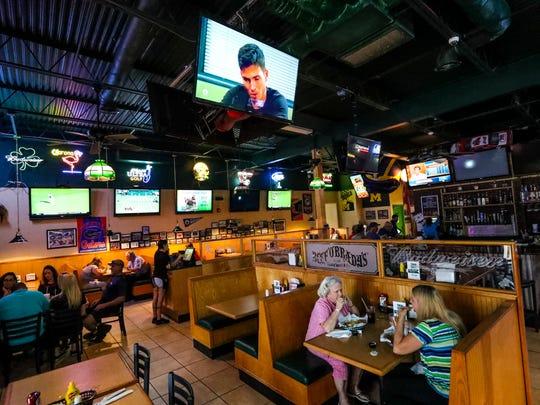 Bradys Restaurant
