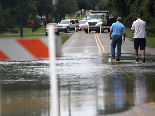 Weems Road on Tallahassee's eastside is closed down