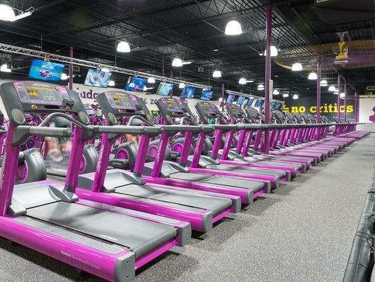 Planet Fitness members can watch television while working