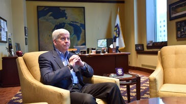 Snyder keeps eye on infrastructure for State of State