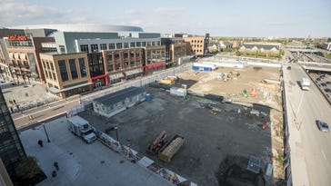Google weighs Little Caesars Arena area for new offices