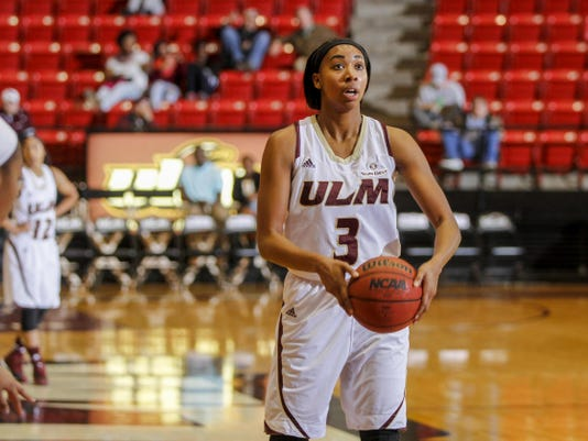 wbball-vs-ull10