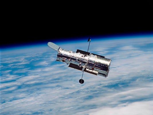 635943320155239652-HubbleTelescope.jpg