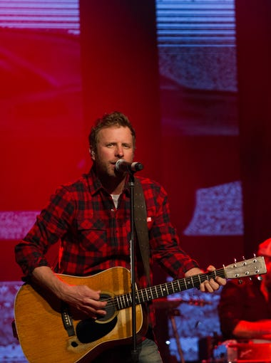 Dierks Bentley performs at the Coors Light Birds Nest in Scottsdale, Thursday, Feb. 4, 2016.