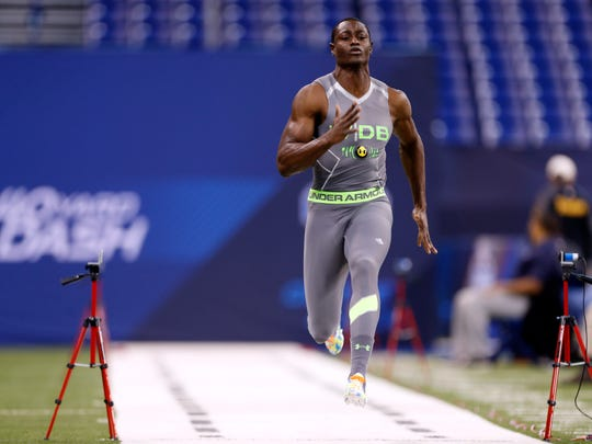 Desir runs the 40-yard dash during the 2014 NFL Combine at Lucas Oil Stadium.