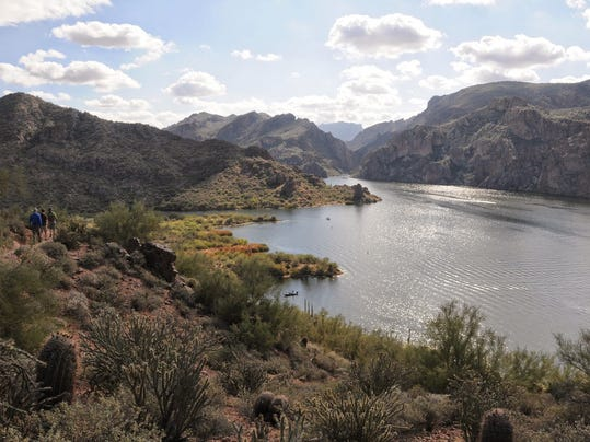 Arizona hike butcher jones trail for Saguaro lake fishing