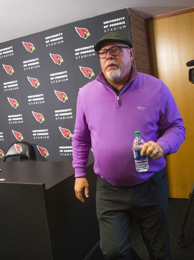 Arizona Cardinals head coach Bruce Arians walks off after announcing his retirement to the media at the Tempe training facility January 1, 2018.