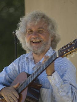 John De Chiaro will perform in a classical guitar concert Jan. 8 in Alexandria.