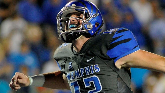 Memphis quarterback Paxton Lynch.