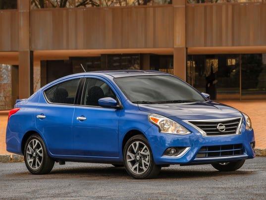 635984824221325730-2016-Nissan-Versa-sedan.jpg