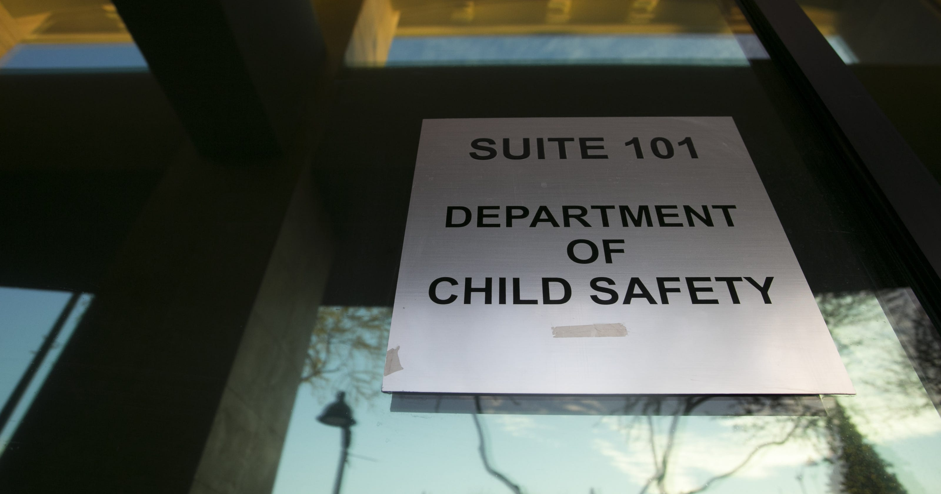 Court rules against Arizona's then-CPS in Peoria nude-photos