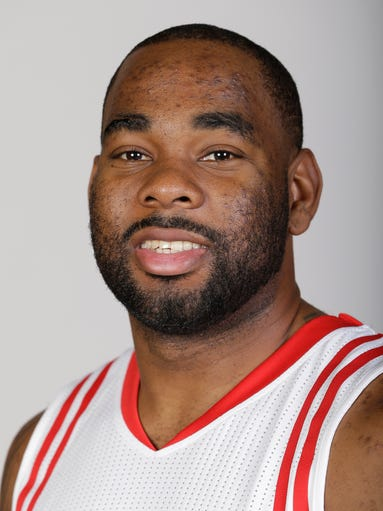 Marcus Thornton signed with the Rockets in July 2015.