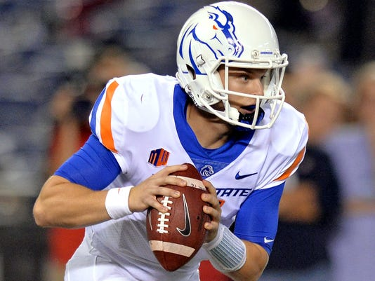USP NCAA FOOTBALL: BOISE STATE AT SAN DIEGO STATE S FBC USA CA