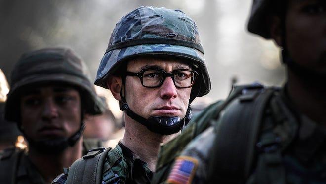 """Joseph Gordon-Levitt plays soldier turned leaker of government secrets in """"Snowden."""""""