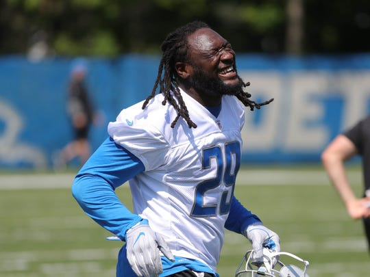 LeGarrette Blount signed a 1-year deal with the Detroit