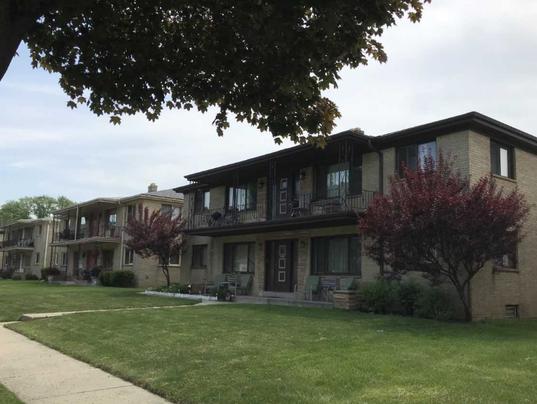 apartments-on-Manitoba-9800-block.PNG