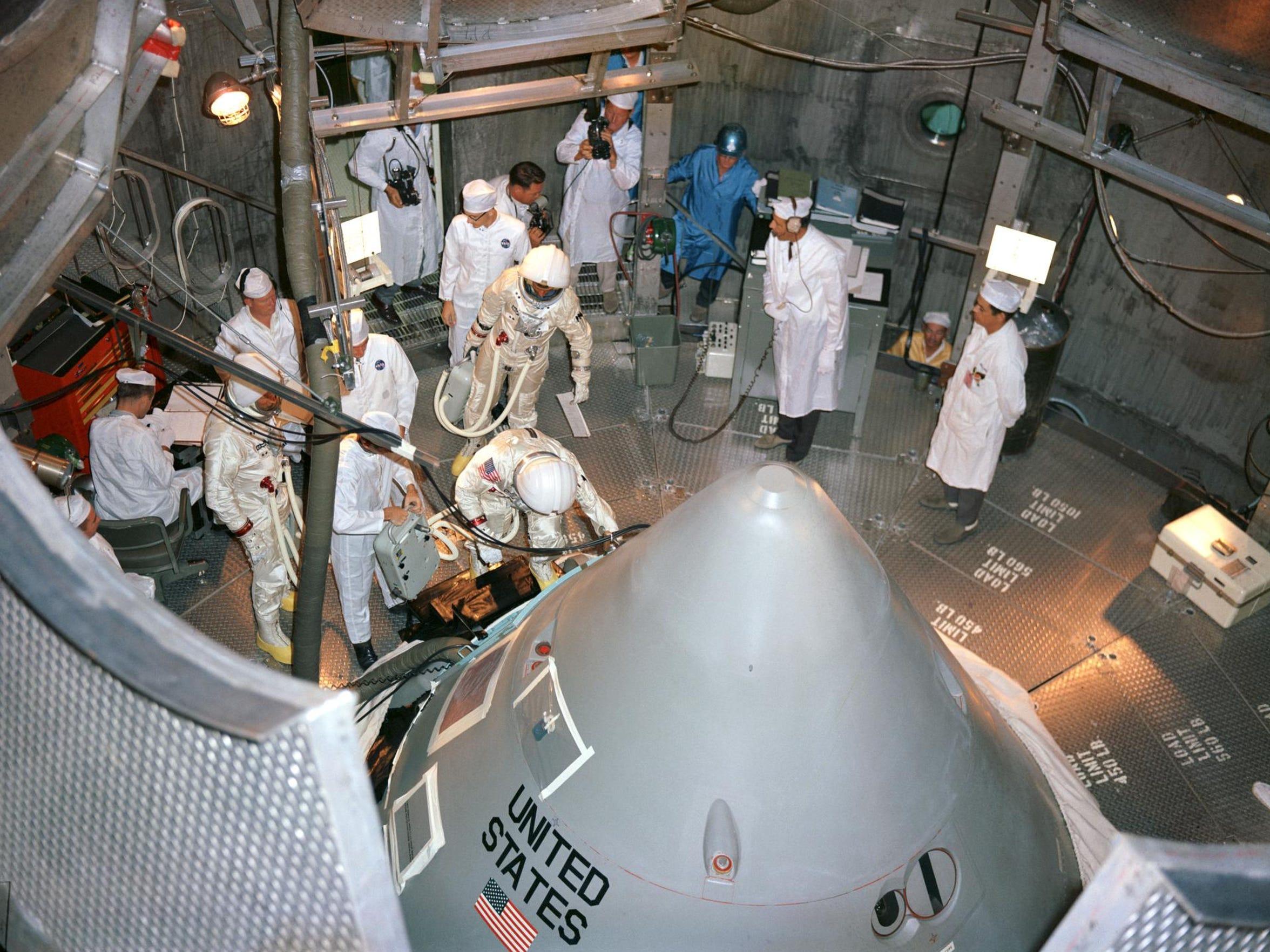 (18 Oct. 1966) --- The Apollo 1 prime crewmembers for