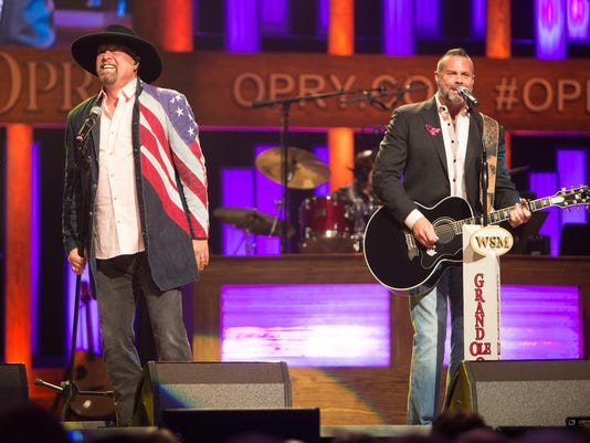 Opry Goes Pink Montgomery Gentry Hollo 0117 10-28-14