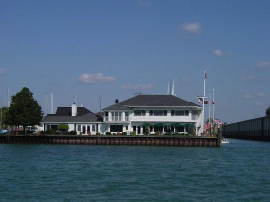 Founded in 1915, the Bayview Yacht Club moved to its present location, at the foot of Clairpointe in Detroit, in 1929-30.