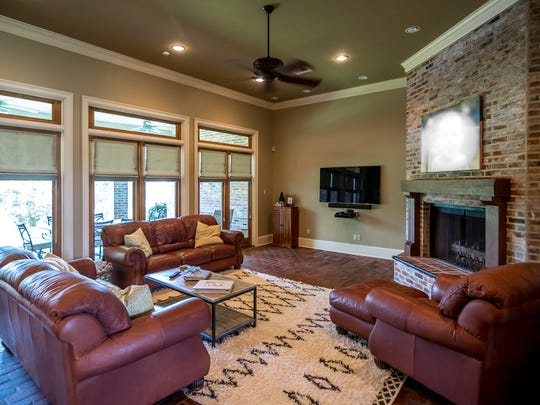 Owners can entertain in large groups or gather for