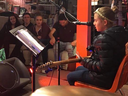 "3. Allison Hoffman performs an original song, ""Day"
