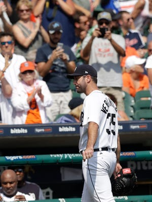 Justin Verlander acknowledges a standing ovation from Tigers fans after pitching the 8th inning against the Dodgers on Sunday, Aug. 20, 2017 at Comerica Park.