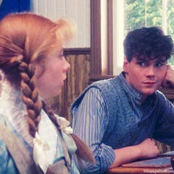 Jonathan Crombie, who played Gilbert Blythe in the classic 1980s PBS film 'Anne of Green Gables,' has died at 48.