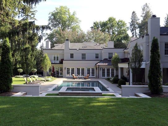 Michigan House Envy New Look For Elmore Leonard Home