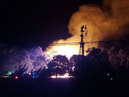 636330254470333269-house-fire.jpg