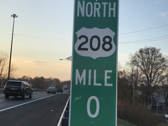 Rte. 208 mile-marker sign recently erected with incorrect