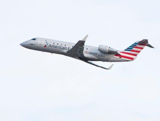 636065393986879023-SkyWest-American-Eagle.jpg