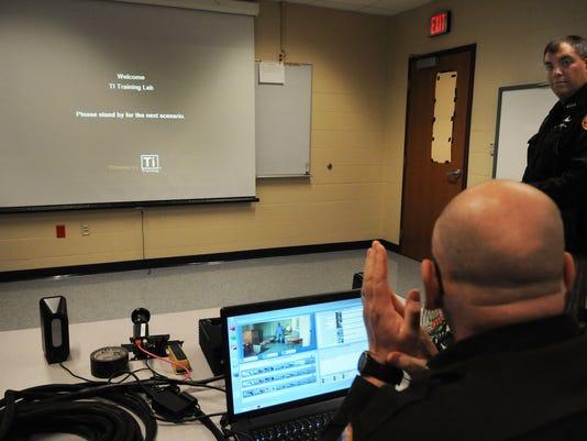 -DCA 0408 police training 3.jpg_20150403.jpg