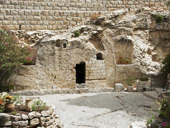 Garden Tomb:    compuinfoto:iStock