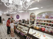 Velvet A Candy Store closes in East Lansing