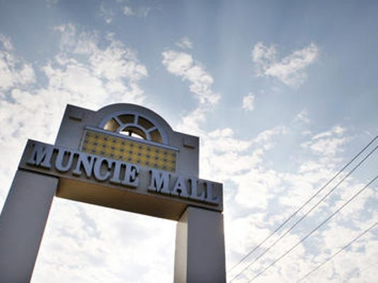636152528989129377-Muncie-Mall-sign.jpg