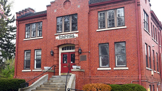 Northfield Center Town Hall