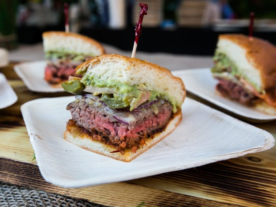 The Burger Battle returns to Scottsdale Waterfront.