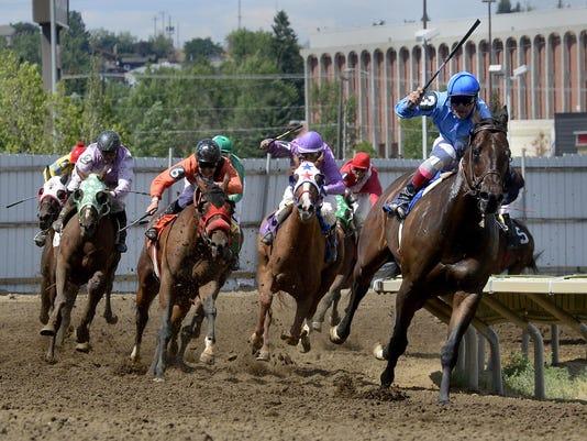 -07182015_horse racing-f.jpg_20150718.jpg