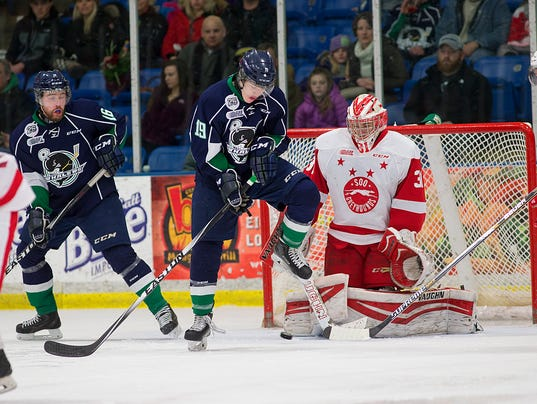 OHL Sault Ste Marie Greyhounds vs Plymouth Whalers