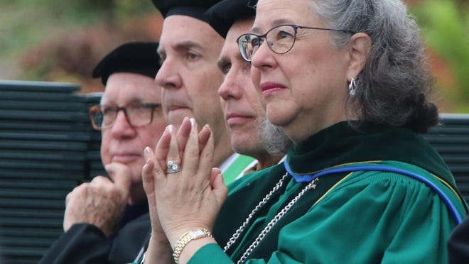 President Wendy Libby has had plenty to applaud in her decade at Stetson University, which saw a boost in enrollment to record totals, the introduction of new programs, growth of the school's endowment and the reinstatement of a football program.